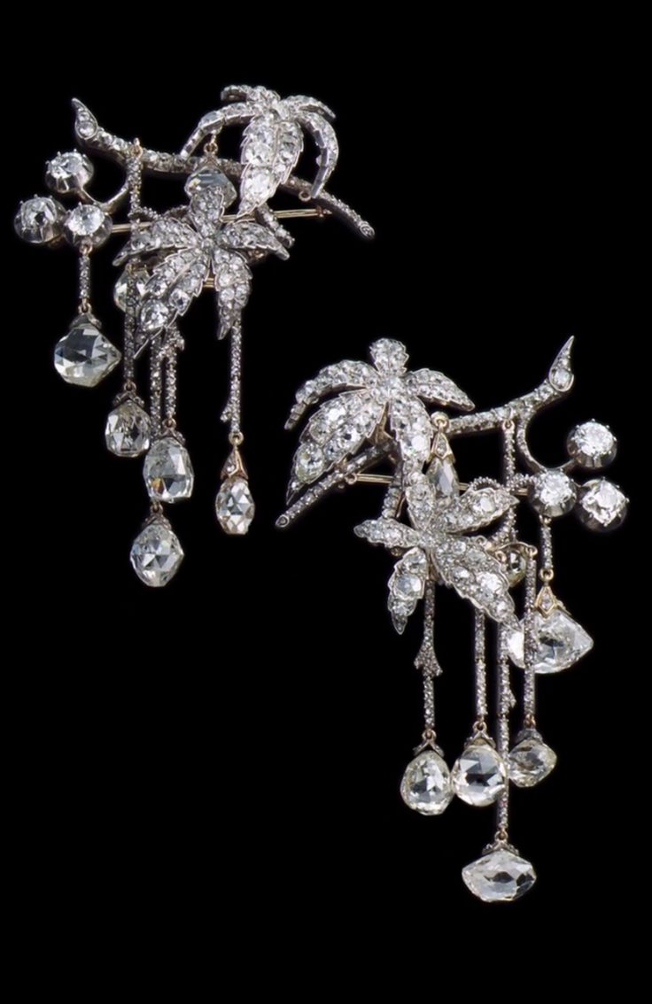 Chaumet c.1840 Fossin & Fils - antique Gold & Diamond hair ornaments in Mancini style. Paris