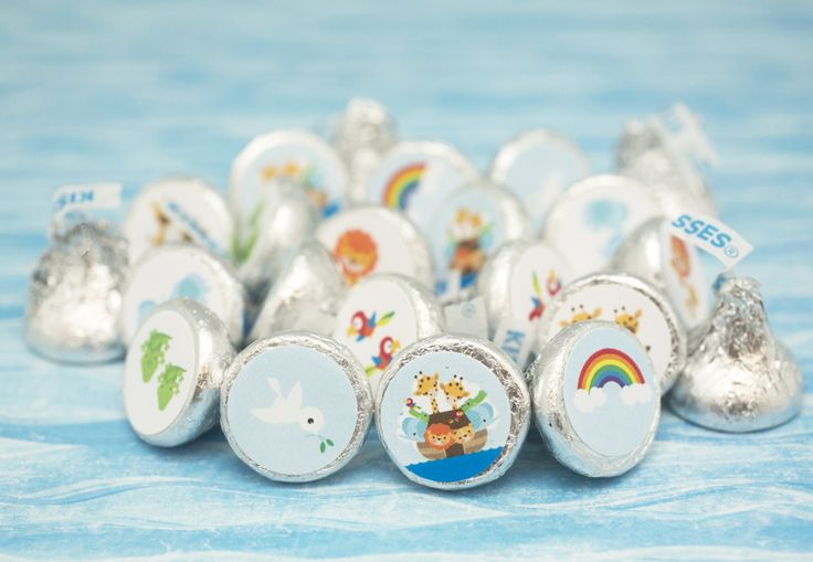 Noah's Ark themed Hershey Kiss stickers make for yummy party table decorations and treats.