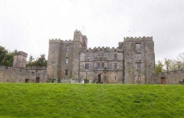 #интересное  Чиллингем - таинственный средневековый замок Великобритании (14 фото)   Среди большого количества хорошо сохранившихся замков Великобритании выделяется замок Чиллингем, который практически не изменился со времен средневековья. Это место и по сей �