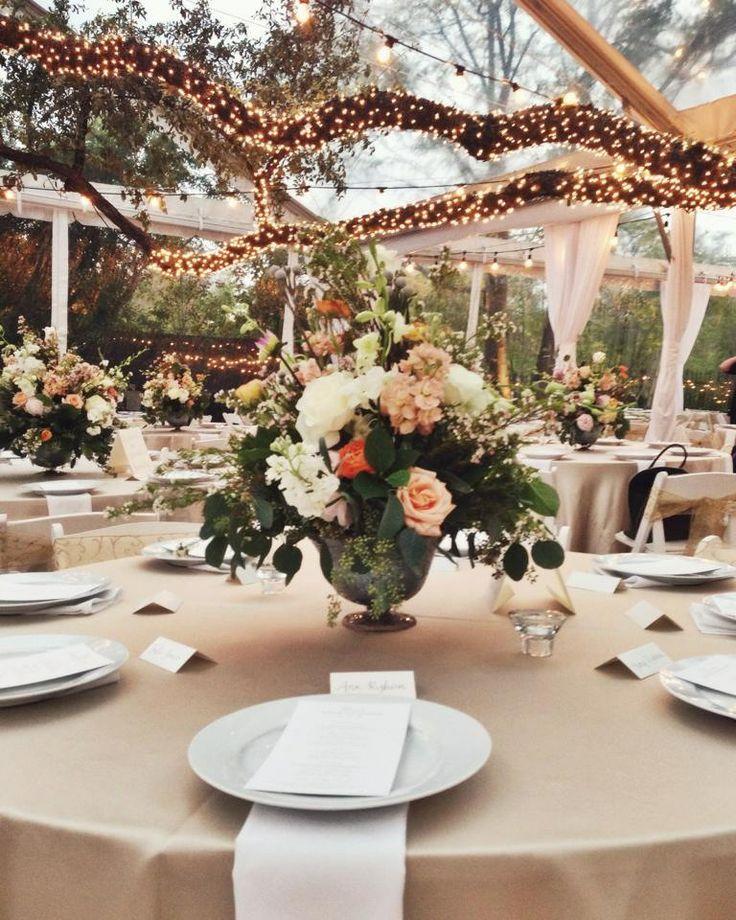 Floral, Lighting & Design by Disch Events #AllanHouse #AustinWedding