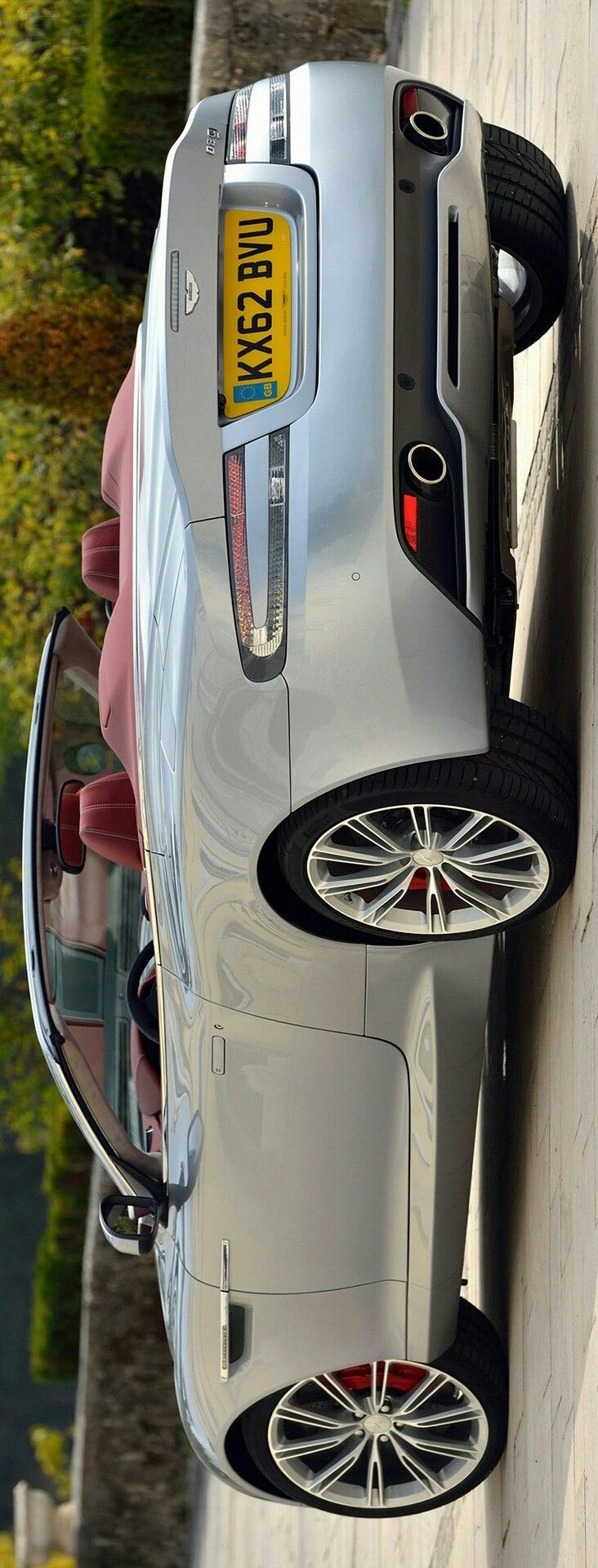 Aston Martin DB9 Volante by Levon - https://www.luxury.guugles.com/aston-martin-db9-volante-by-levon/