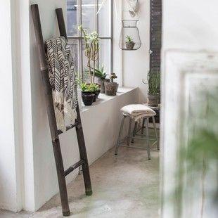 Echelle porte serviette de salle de bain en bambou noir TIKAMOON - Salle de bain