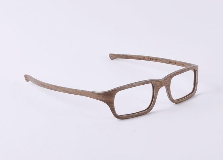 W-eye_mod 301 - Design: Matteo Ragni - Wood: walnut