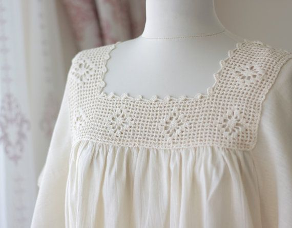 Cream Crochet top for women Cotton top Lace crochet by SENNURSASA, $22.00