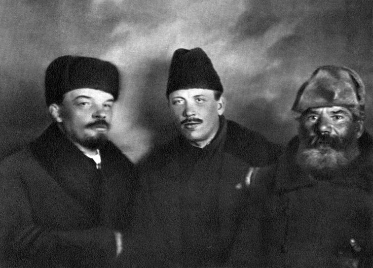 Check Out What Vladimir Ilyich Ulyanov Lenin and Demjan Bednyi Looked Like  on 3/19/1919