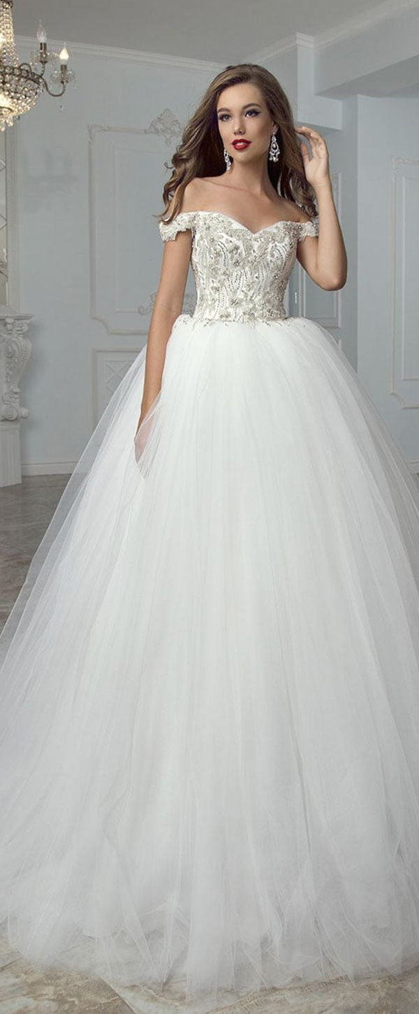 Marvelous Tulle Off-the-shoulder Neckline Ball Gown Wedding Dress With Beading