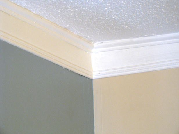 Weekend Project: How to Create Faux Crown Molding : Two strips of wood and paint the center and viola!  You have faux crown molding!