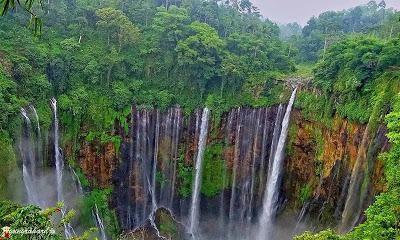 Tips Wisata: Wisata Menantang, Air Terjun Tumpak Sewu dan Goa Tetes di Lumajang