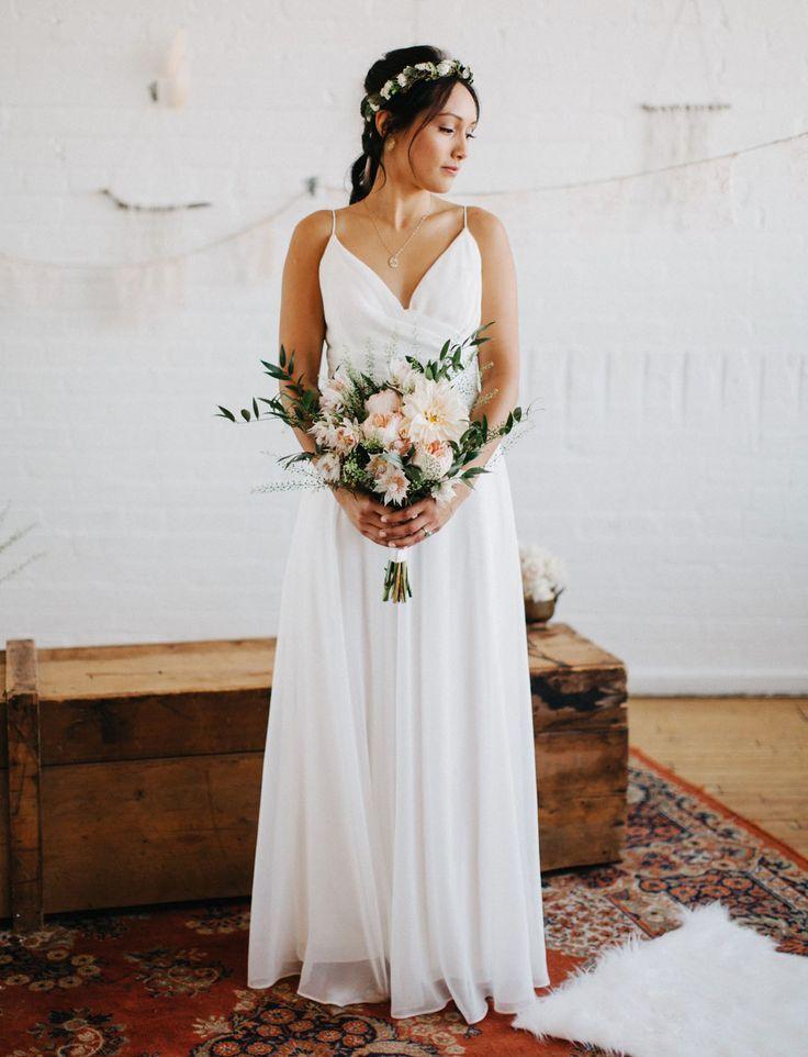 Consignment wedding dresses toronto wedding dresses asian for Consignment wedding dresses online