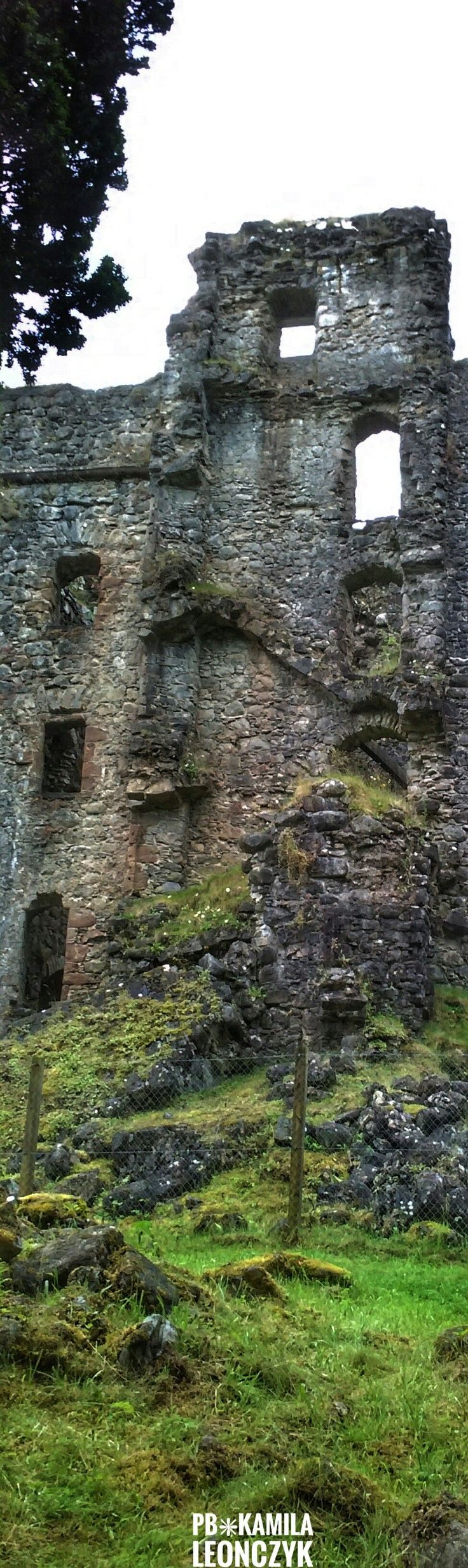 Invrgarry Castle - Scotland