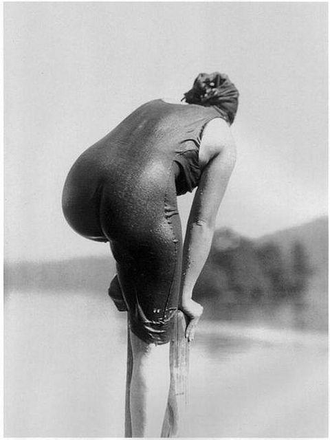 Ellen Morton at Lake George, New York, 1915.  Photo: Alfred Stieglitz.