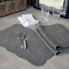 Grey quilted placemat set of 2