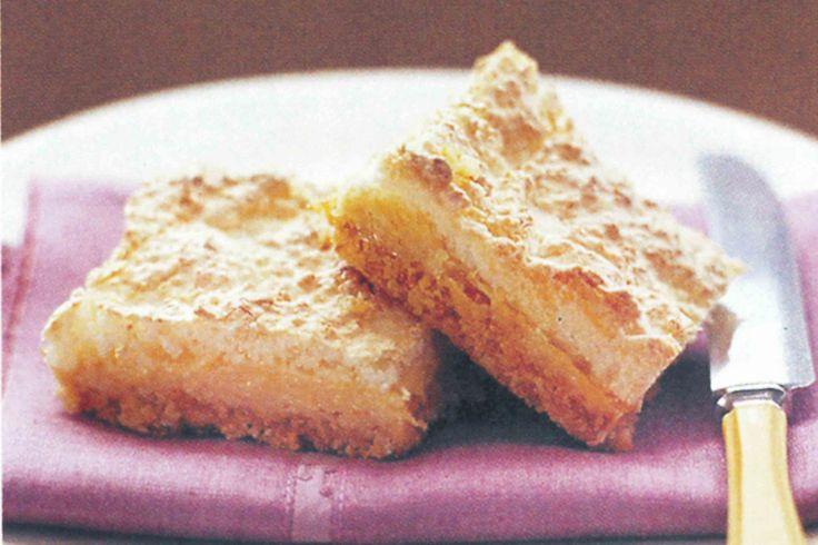 Lemon meringue slice