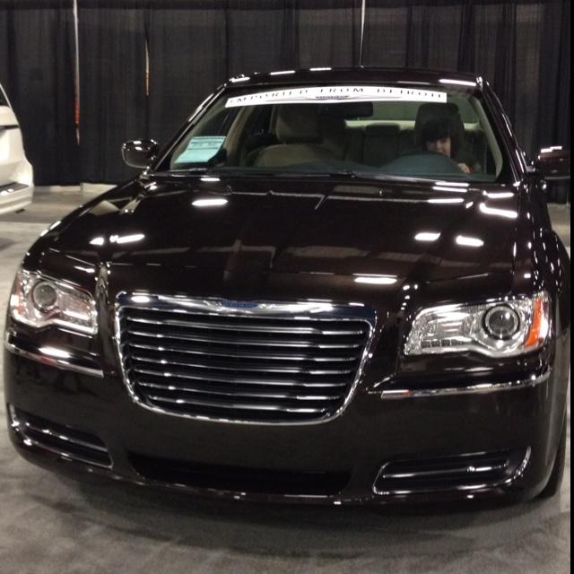 Best 25+ Chrysler 300c Hemi Ideas On Pinterest