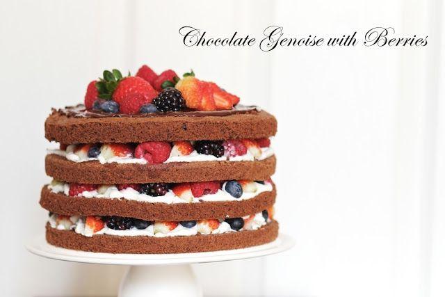 Yue's Handicrafts ~月の工作坊~: Chocolate Genoise with Berries
