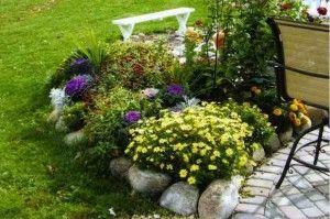 Come creare aiuole fiorite senza spendere troppo