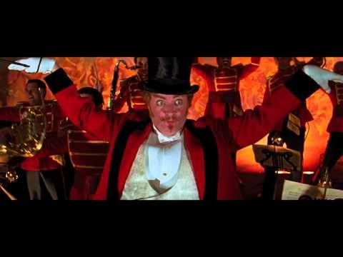 20 PELÍCULAS QUE TODO DISEÑADOR Y CREATIVO DEBEN VER: Moulin Rouge