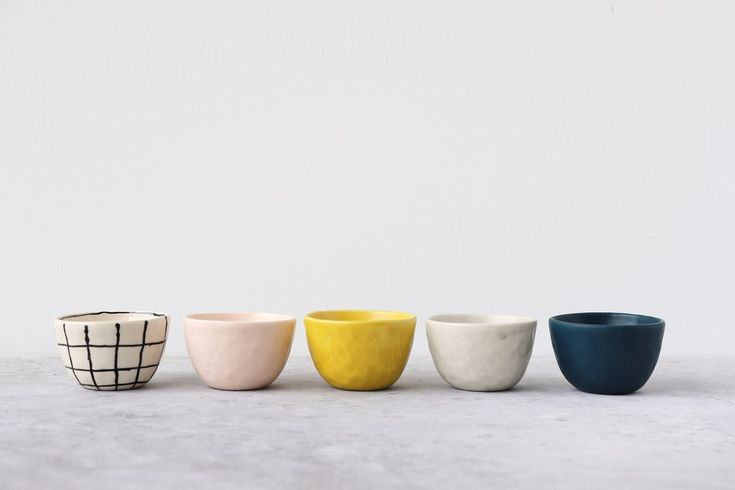 Pinch Bowl - Grid – Elizabeth Benotti Ceramics