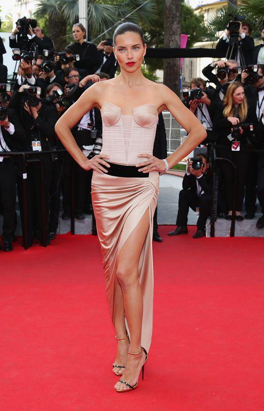 Les plus belles robes Festival de Cannes 2014 Adrianna Lima en robe Alexandre Vauthier automne-hiver 2013-2014, chaussures Giuseppe Zanotti ...