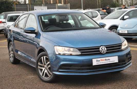 Used 2014 (64 reg) Blue Volkswagen Jetta 2.0 TDI SE 4dr for sale on RAC Cars