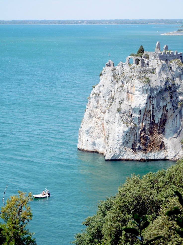 Northern Adriatic: the Rilke trail from Duino to Sistiana #trieste