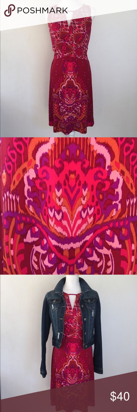 Donna Morgan Pink Patterned Dress, 10 This lovely Donna Morgan Pink Patterned Dress, 10 is great for just about any special occasion or professional setting. EXCELLENT CONDITION NO DEFECTS AND CONES FROM A SMOKE FREE HOME. Donna Morgan Dresses