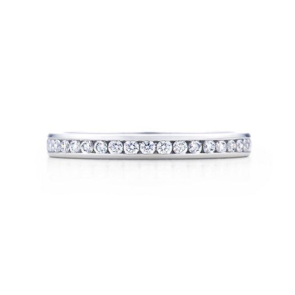 ティファニー ダイヤモンド ウェディングバンドリング (フルサークル) - Tiffany & Co.(ティファニー)の結婚指輪(マリッジリング)結婚指輪はどこで買う?ティファニーのマリッジリングの参考一覧♡