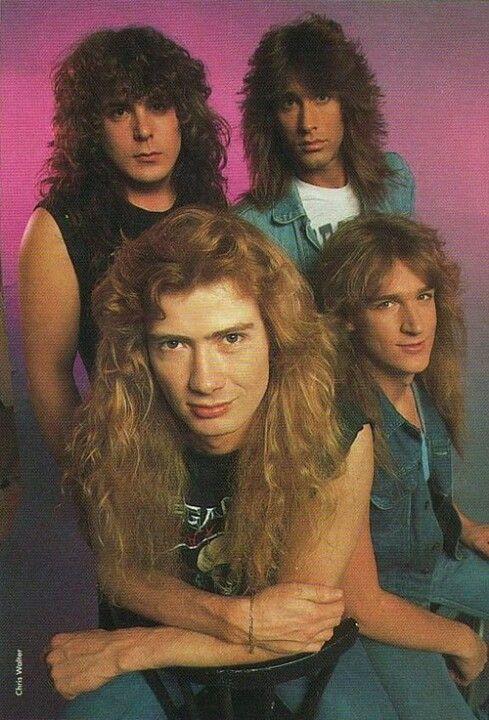 Megadeath (même si j'ai mis Metallica et que c'est la guerre entre eux) moi j'aime les deux.