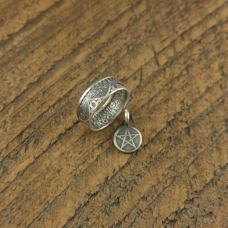 仏領モロッコ100フラン銀貨から作成  何か珍しいコインは無いかとの事で1枚だけ所有していたフランス植民地時代のモロッコ銀貨をご案内させていただきました  アラビア文字が良い感じです  #coinring #coinjewelry #handmade #silversmith #silvercoin #france #morocco #arabicscript #star #pendant #vintage