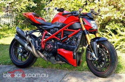 2011 Ducati Streetfighter S