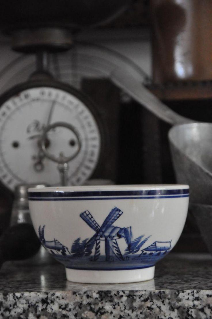 Brocante Huuske   Landelijk Brocante, Engels Wonen, de Hollandse Keuken, een beetje Chique. Ieder is uniek,