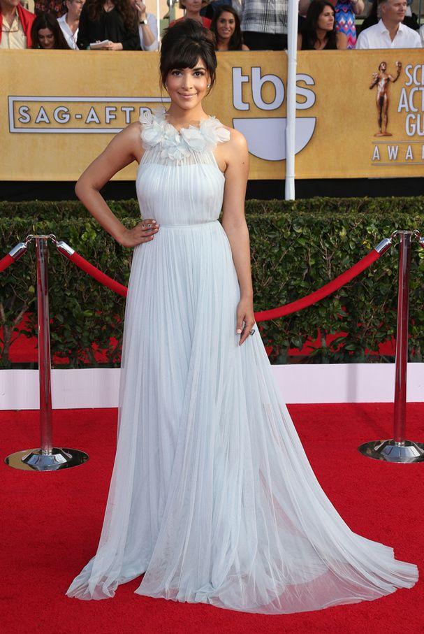 Le tapis rouge des SAG Awards 2014: Hannah Simone en Marchesa
