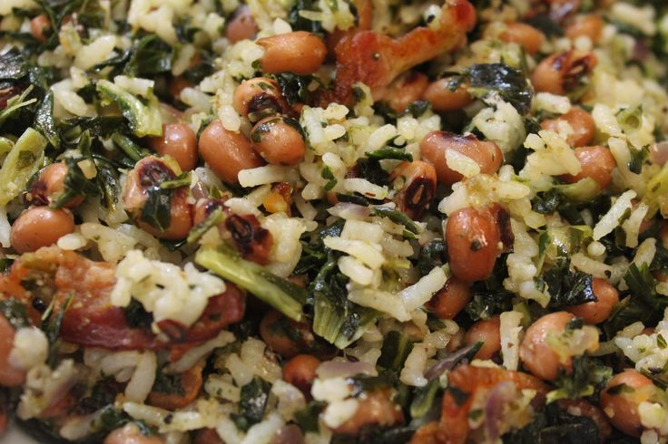 Hoppin' John Recipe. Made with Black-eyed peas, rice, and collard greens.