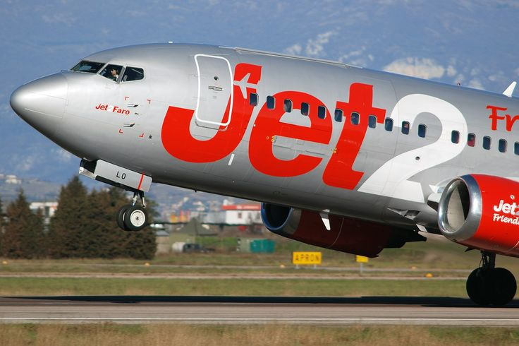 Jet2 G-CELO Boeing 737-300 take off from Verona Airport