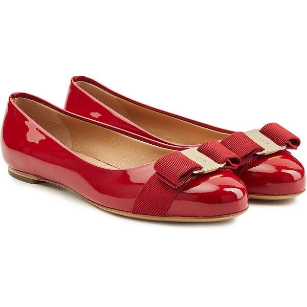 Salvatore Ferragamo Varina Patent Leather Ballet Flats ($375) ❤ liked on Polyvore featuring shoes, flats, red, red ballerina flats, round toe ballet flats, ballet shoes, red bow flats and ballet flat shoes