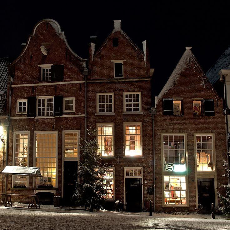 Bergkerkplein // Netherlands