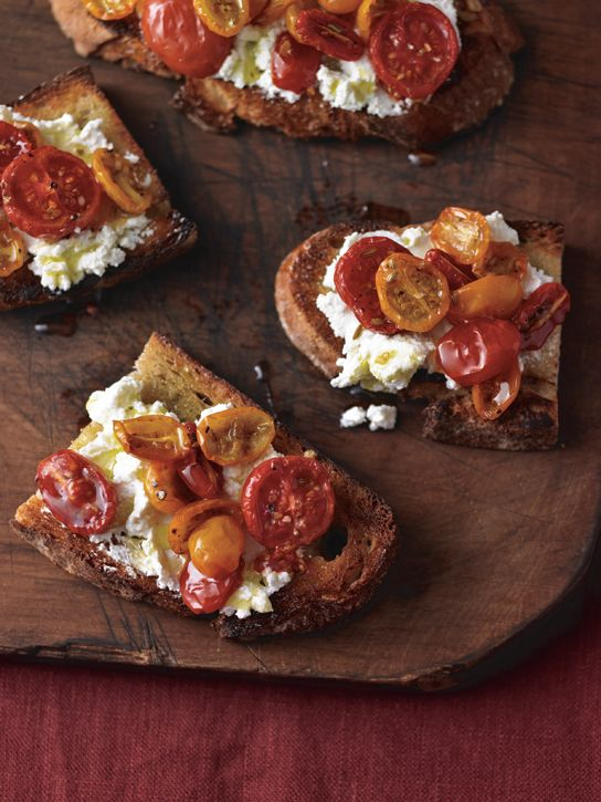 Bruschetta con Pomodorini (Toasted Bread with Caramelized Tomatoes and Ricotta) 1/4 cup