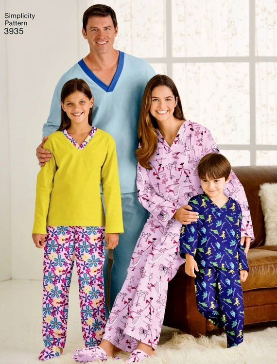 f8a47325f2 Easy Family Pajamas Pattern Slide Slippers Pattern Adult