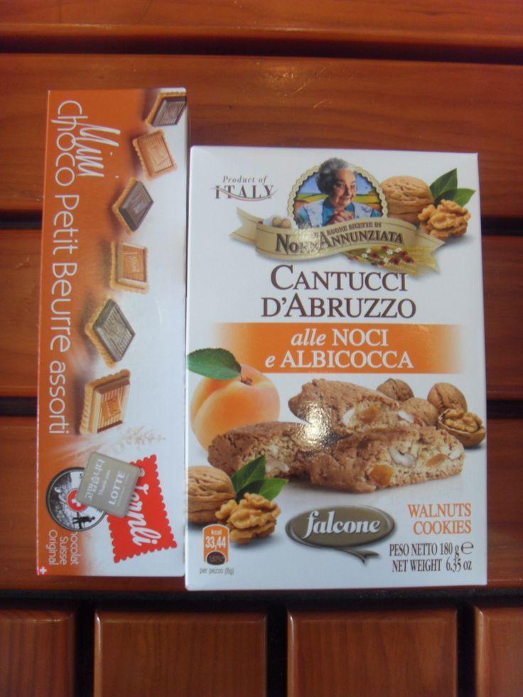 2016.1.31. Wernli Mini choco petit beurre assorti for me and Cantucci D'abruzzo Italian boscoti walnuts cookies for Sujung.
