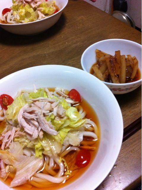 中学生になってから毎日夕飯作り頑張ってる。エライ! - 3件のもぐもぐ - サラダうどん 大根の煮浸し by phatyoko