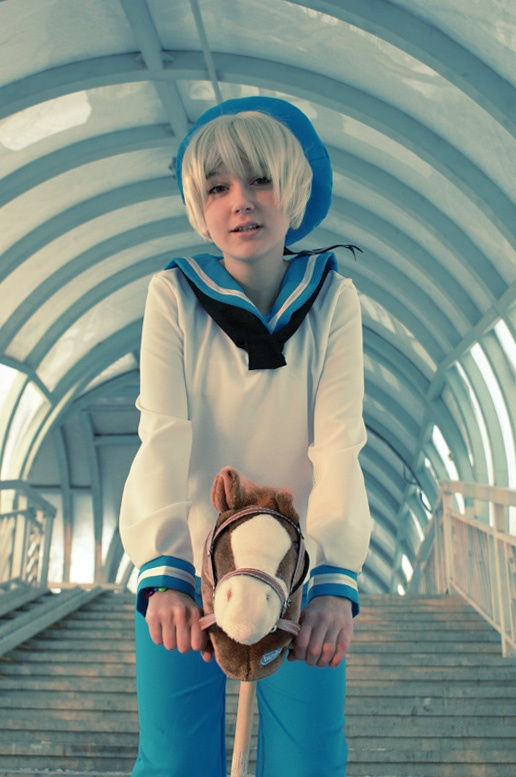 People just cosplay so well these days.... SEALAND