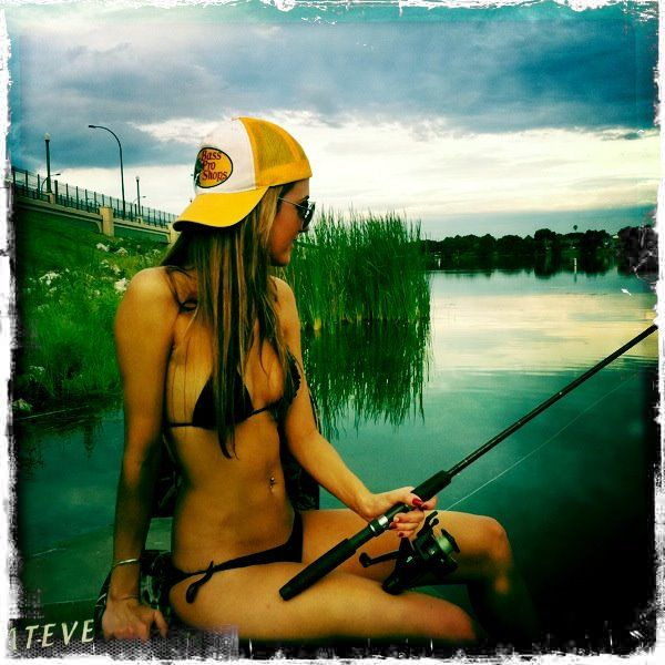 17 best images about female anglers on pinterest sexy for Brooke thomas fishing