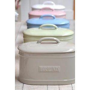 Leuke broodbox voor op het aanrecht in de keuken. In meerdere kleuren verkrijgbaar. Geen los slingerende zakje brood meer en het blijft langer vers!