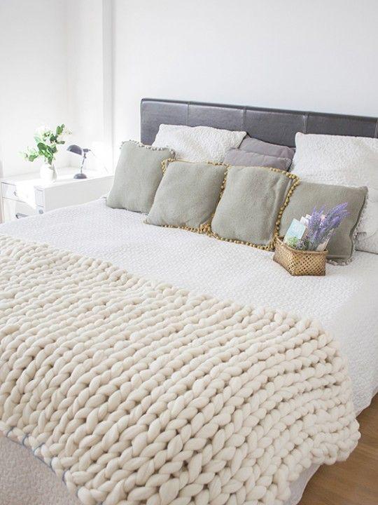Classic-blue. Merino wool blanket handmade. #wool #chunkywool