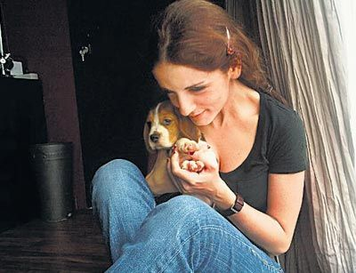 Hrithik and Sussanne Roshan had got a beagle for their sons Hrehaan and Hridhaan. They named the pup, Paris. Pic/mid-day archives | #indipin...