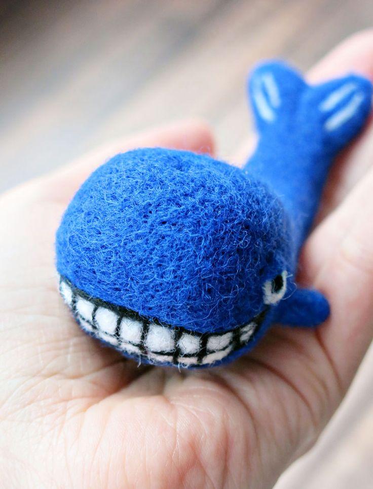 Купить Позитивный кит (сувенирная игрушка из шерсти) - кит, китенок, киты, подарок на 14 февраля