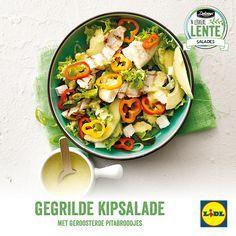 Recept voor gegrilde kipsalade met geroosterde pitabroodjes #Lente met #Lidl #salade