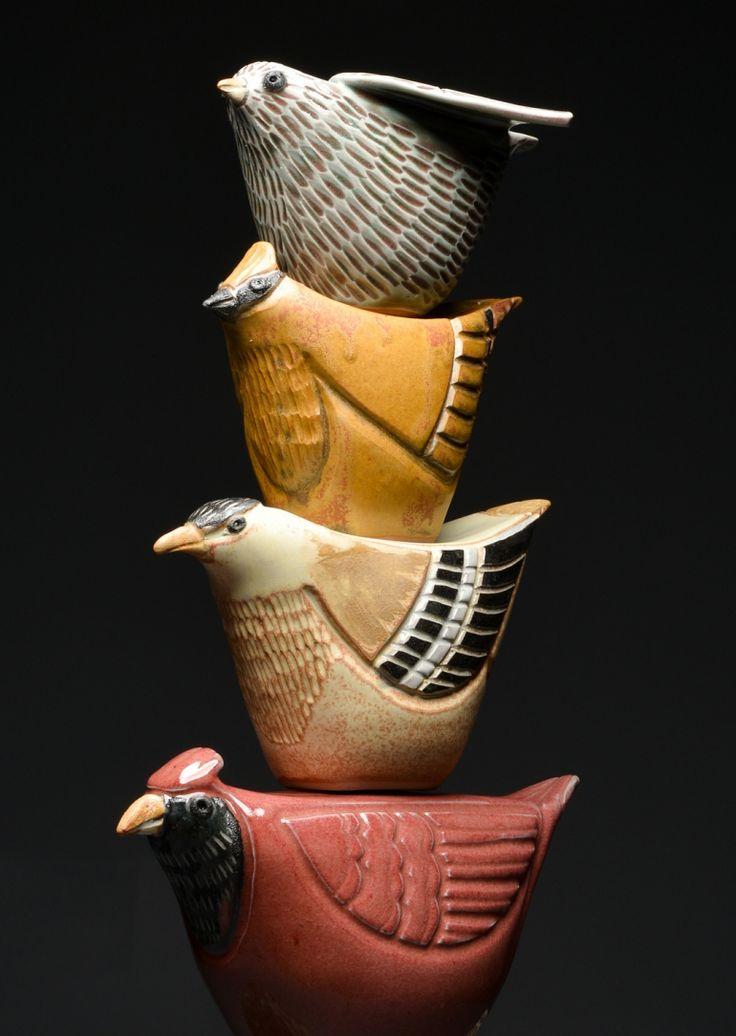 Detail des Lernens zu fliegen   – Clay Sculpture