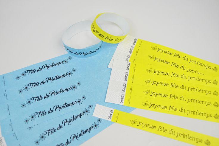 Bracelets personnalisés pour la fête du Printemps. Modèles réglables et colorés en Tyvek indéchirable. Commandez vos bracelets événementiels sur 123 Bracelets !