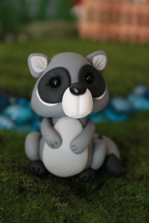 polymer clay raccoon miniature raccoon mini clay raccoon fairy garden accessory. Black Bedroom Furniture Sets. Home Design Ideas